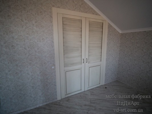 Двери- проект компании ВиДиАрт